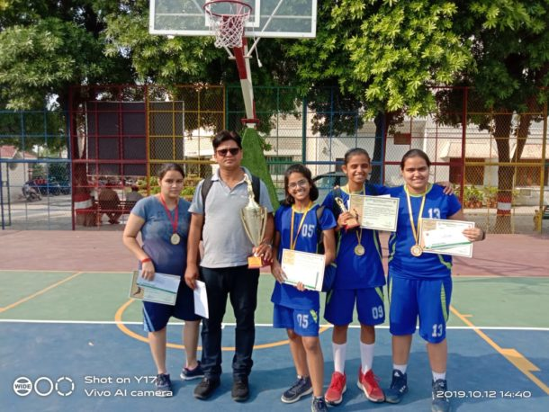 Team with their coach Rajnish Trivedi